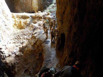 Underground Hiking, Caving in Viveda