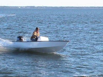 Kinnego Marina Powerboating