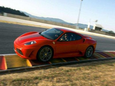 Drive a Ferrari 430 in Montmeló