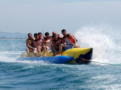 Banana boat 15 minutes in Pineda de Mar