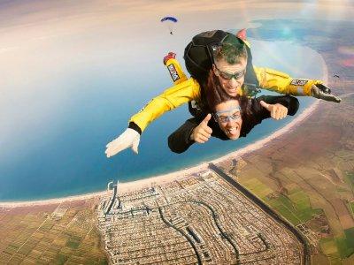 Skydive Empuriabrava - La Tierra del Cielo