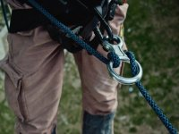 harness abseiling