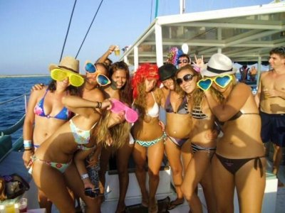 Stag/Hen Do In Alicante, Activity and Dinner
