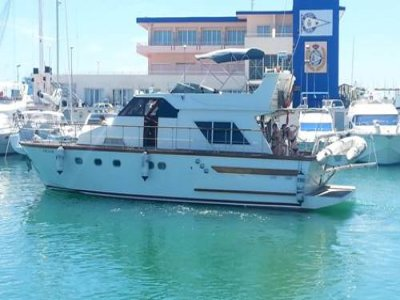 Yacht rental with captain Gandía 4h