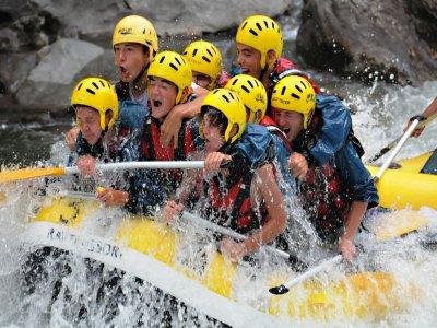 Rafting Llavorsí-Sort and 1 Night stay High Season