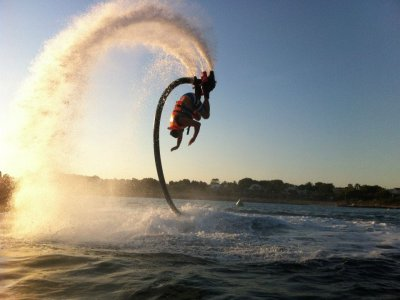 Flyboarding in Menorca, fly for 15 minutes