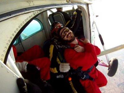 Parachute jump + video and photos in Murcia