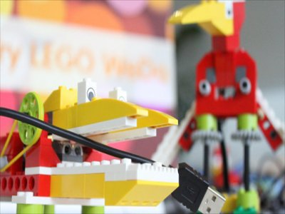Robotics workshop with Lego Wedo in Alava