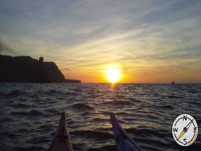 Kayak excursion along the coast of Ibiza, 4 hours