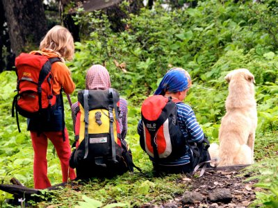 Hiking in Pirineos. Special price for children.