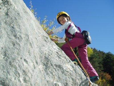 2h Climbing with kids near Jaca