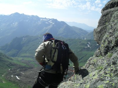 Climb to the Midi d'Ossau, 1 day for 6 ppl max