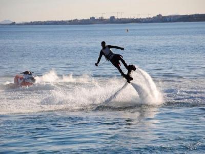 Flyboarding for 3, 60 minutes, Platja d'en Bossa