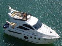50ft Flybridge private charter