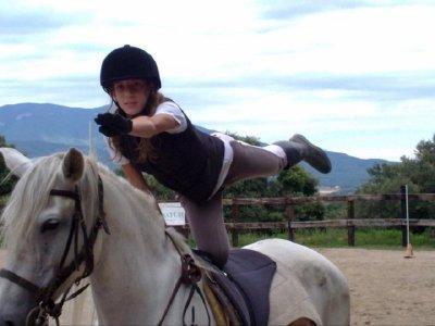 Horse-riding camp in English in Serinyà
