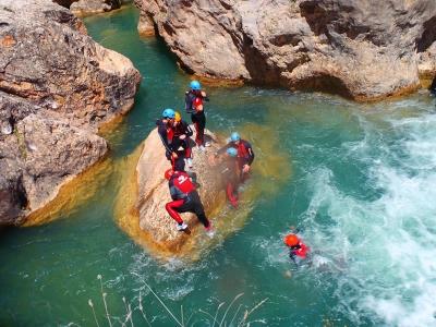 Canyoning in Los Hoyos (Sierra de Gredos)