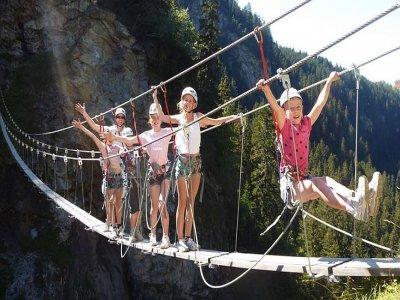 Initiatory via ferrata Pyrenées special kids
