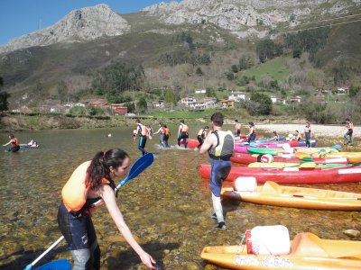 Canoeing descent of river Sella with picnic Adults