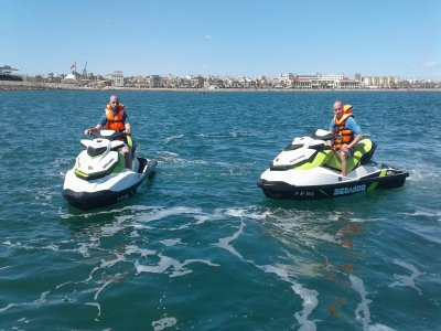 Guided tour by jet ski in Valencia 1 hour