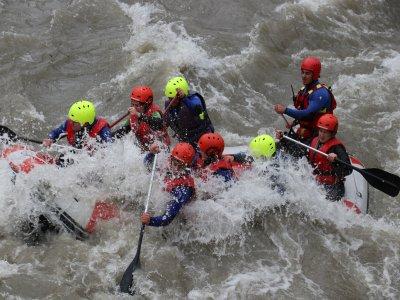 Rafting in El Pont de Suert w. Menu + 2 Nights