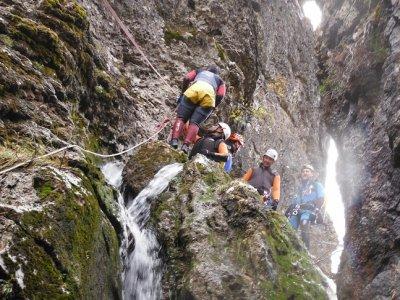 Canyoning in Los Papuos, El Jerte