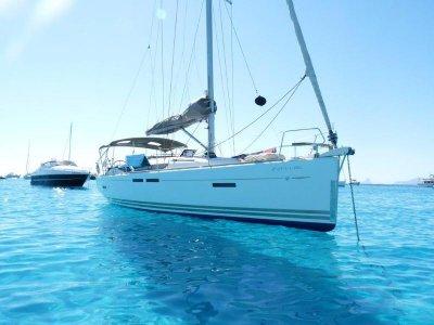 Sailboat Trip in the Coast of Almería, 4 Hours