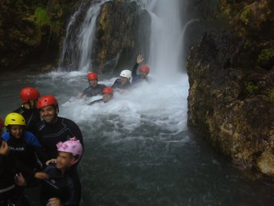 Canyoning in Otonel, Dos Aguas, 6h