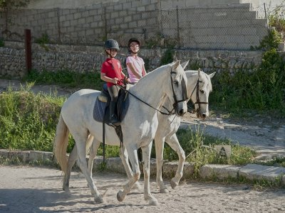 Class and horse riding route, 2h 30 mins, Randa