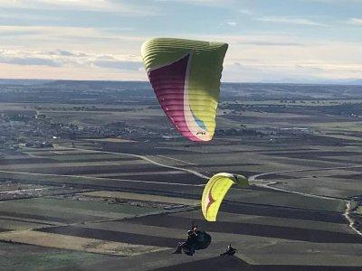 Paraglider flight 15 min French Cerdanya
