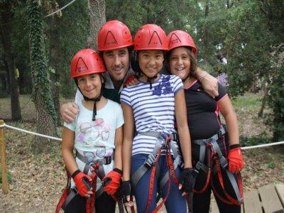 Adventure Circuit + Zip-Line in Logroño. Kids