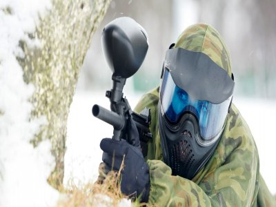 Paintball game in the snow 200 balls in Cerdanya