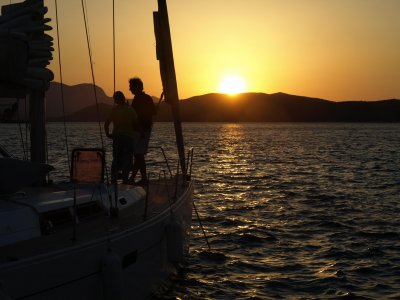 Sail in a traditional sailing boat in Costa Brava