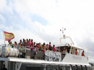 Boat party + Meal + Club Ticket, 3 hours