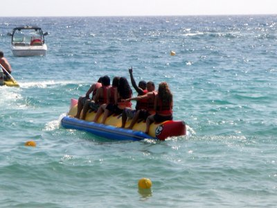 Banana Boat in Port Olimpic Barcelona, 15 min