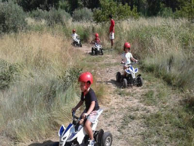 Adventure camp, school children at Cofrentes, 4d