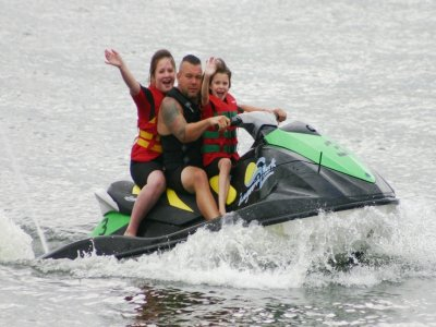 Jet Skiing Berkshire Family package
