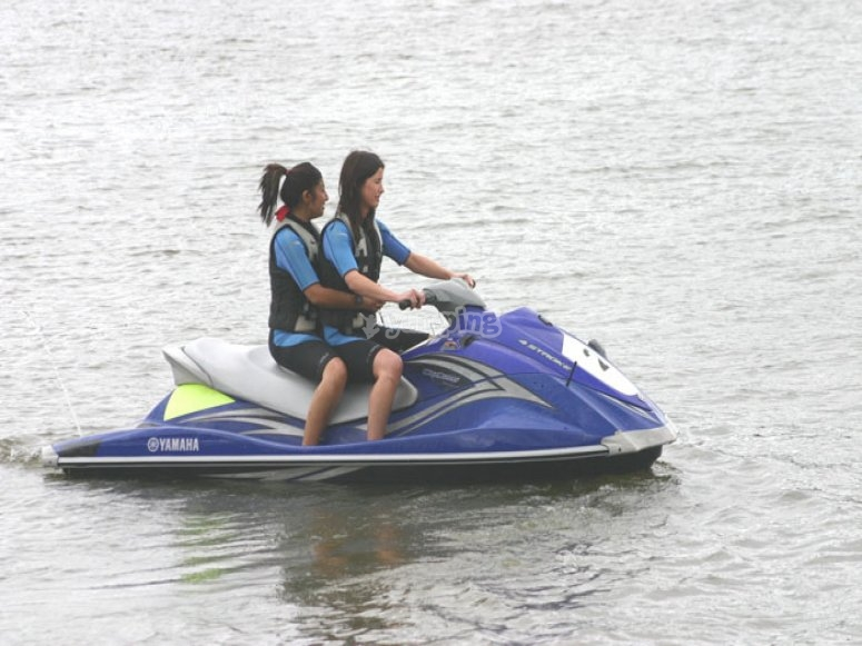 Enjoy the thrilling of jet skiing