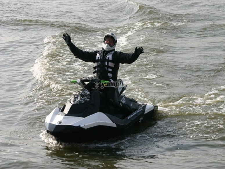 Learn how to ride a jet rib