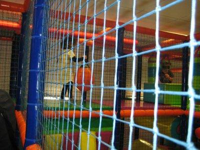 Game in children's park, Viladecans 1h