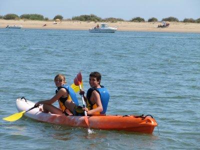 Canoeing + orientation in Punta Umbría, schools