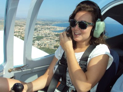 Pilot for a day with lunch in L'Empordà