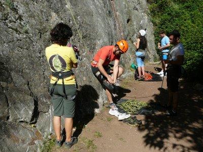 Rock climbing in Huelva with picnic 6hours