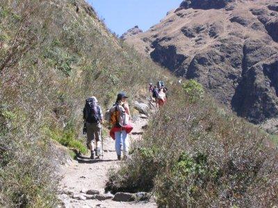 Hiking in Lozoya´s valley 2h Nov - May