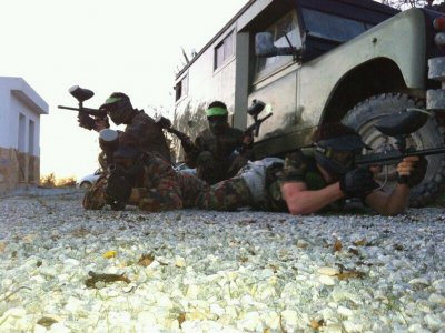 Play Paintball in Marchena w. 100 Balls