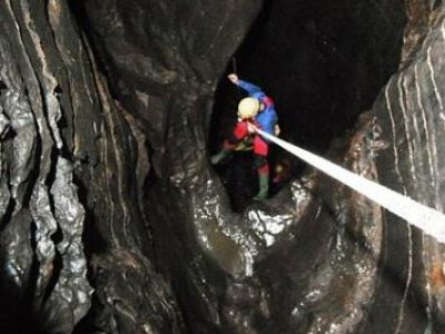 Swaledale Outdoor Club  Caving