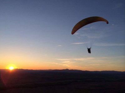 High Mountain Paragliding Flight in Madrid