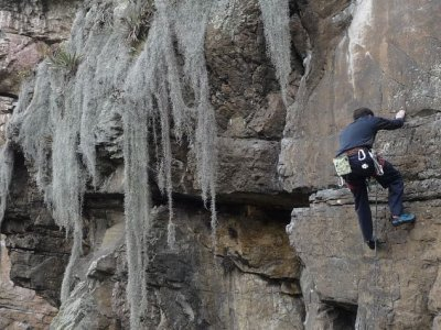 Sports climbing in Huesca for beginners