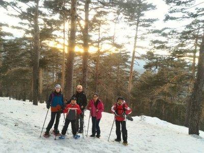 Night time snowshoeing trip in Cercedilla