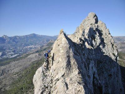 Climbing in crests in Valencia or Alicante