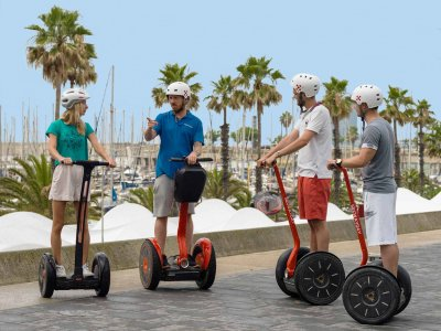 Tourism w. Segway in Barcelona, 1-Hour